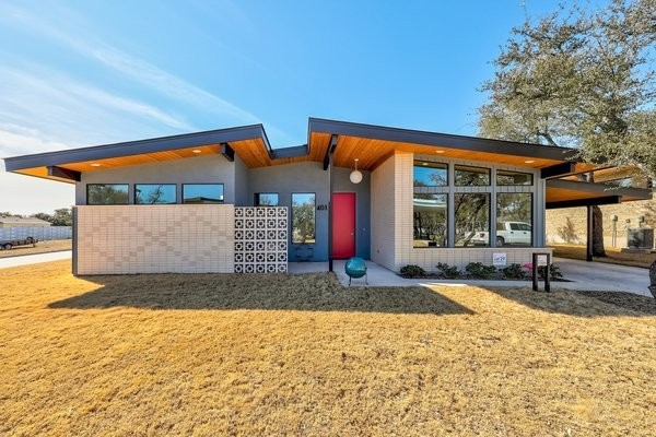 Midcentury-Inspired Homes in This Texas Community Start in the Low $300Ks