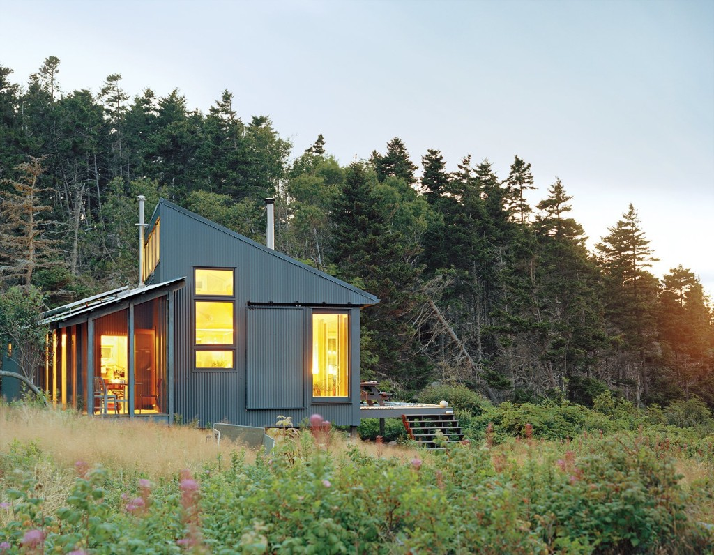 Articles about 10 tiny houses we love on Dwell.com