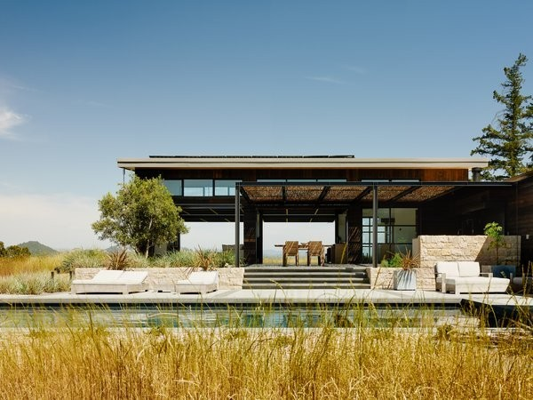 Four Enormous Glass Doors Turn This Northern California Home Into an Outdoor Pavilion