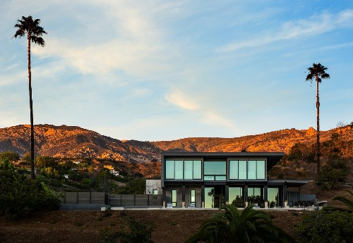 Five Shipping Containers Are Woven Into This Home in Santa Barbara