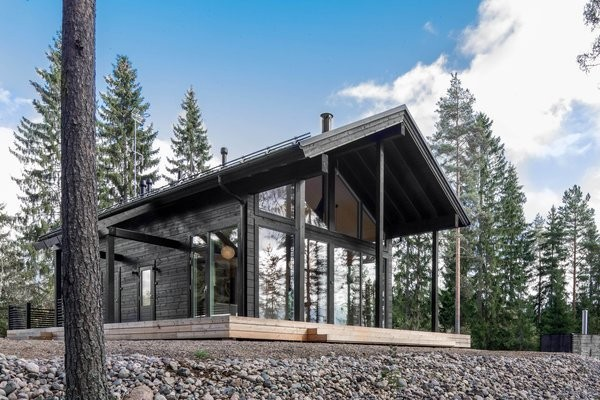 These Log Cabin Kit Homes From Finland Are Surprisingly Sleek