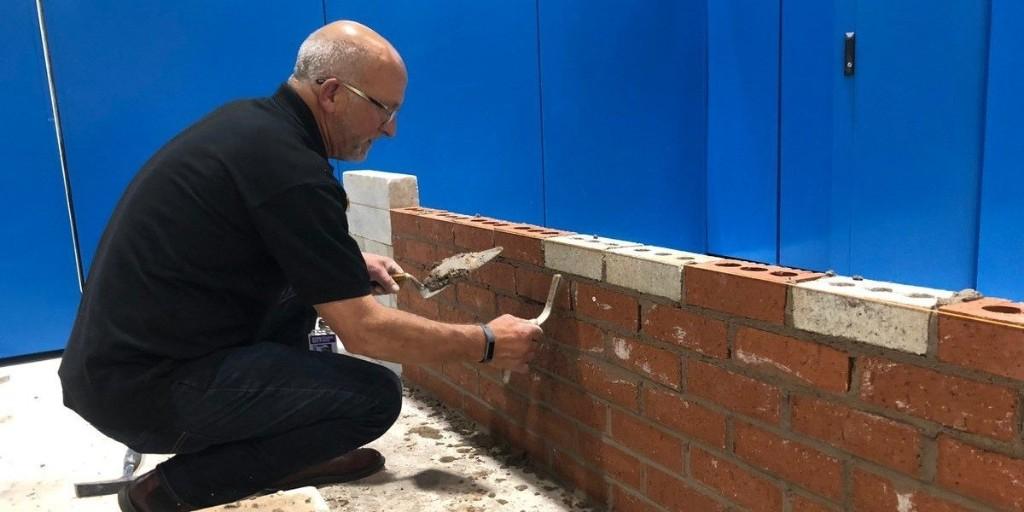 Scotland scientists invent low-emissions, recycled building brick - Electrek