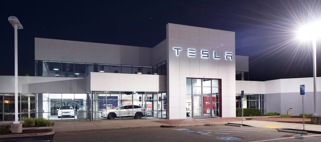 TSLA: Saudi Arabia sold Tesla stake worth billions just before massive rally - Electrek