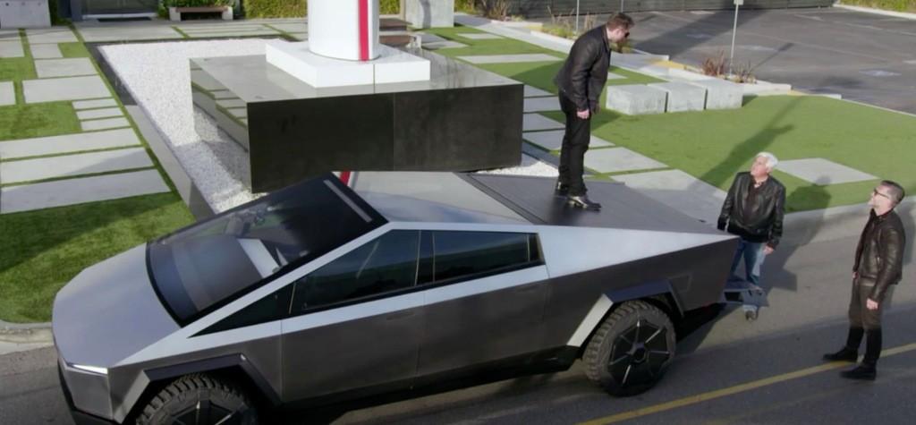Elon Musk jumps on Tesla Cybertruck prototype and talks improvements - Electrek