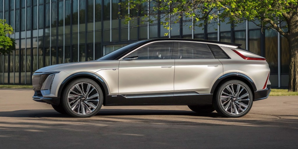 Cadillac Lyriq electric car to surprisingly start at less than $60,000 - Electrek