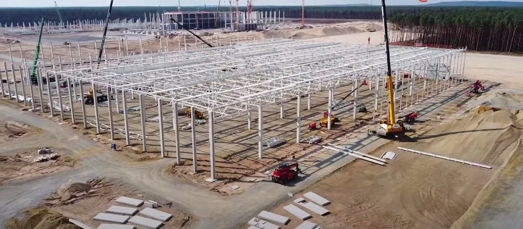 Tesla Gigafactory Berlin update: several buildings coming up simultaneously - Electrek