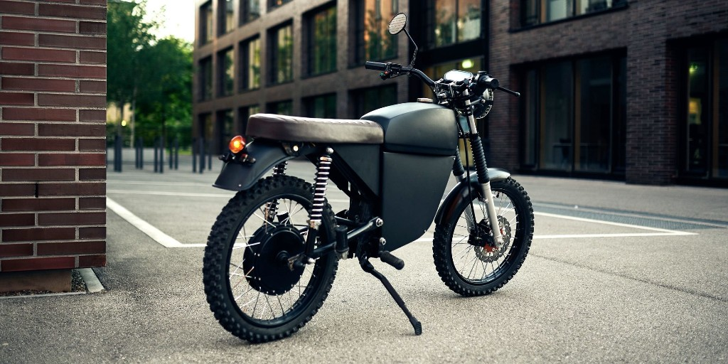 Black Tea Moped is a 'hedonistic' 50 MPH electric motorbike