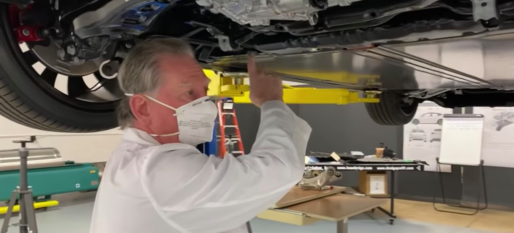 Tesla Model Y teardown: wiring and body casting impress expert - Electrek