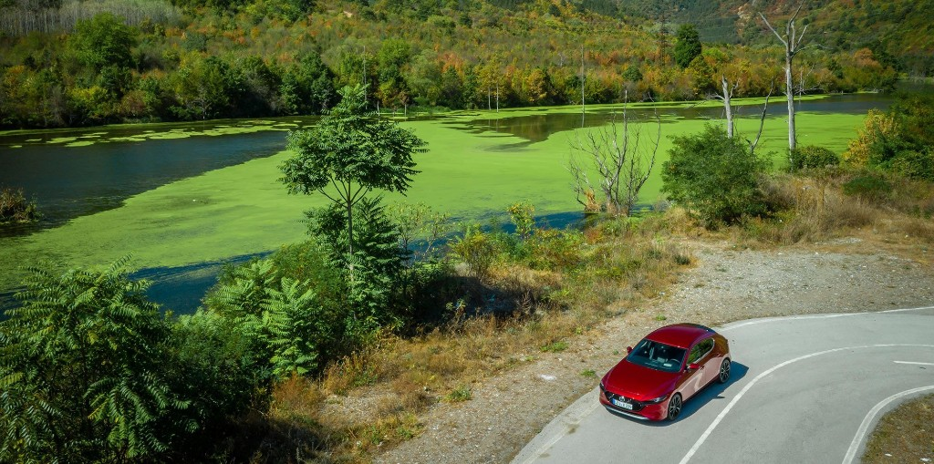 VW, Porsche, and Mazda cling to internal combustion, citing benefits of biofuels - Electrek