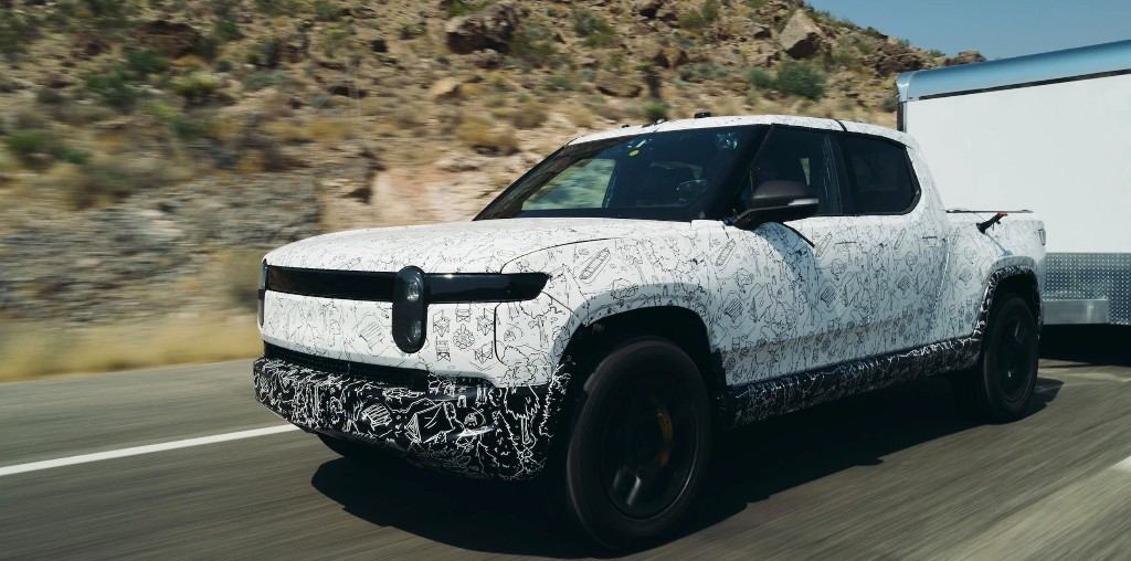 Rivian releases R1T electric pickup towing testing footage in insane 118º F heat - Electrek