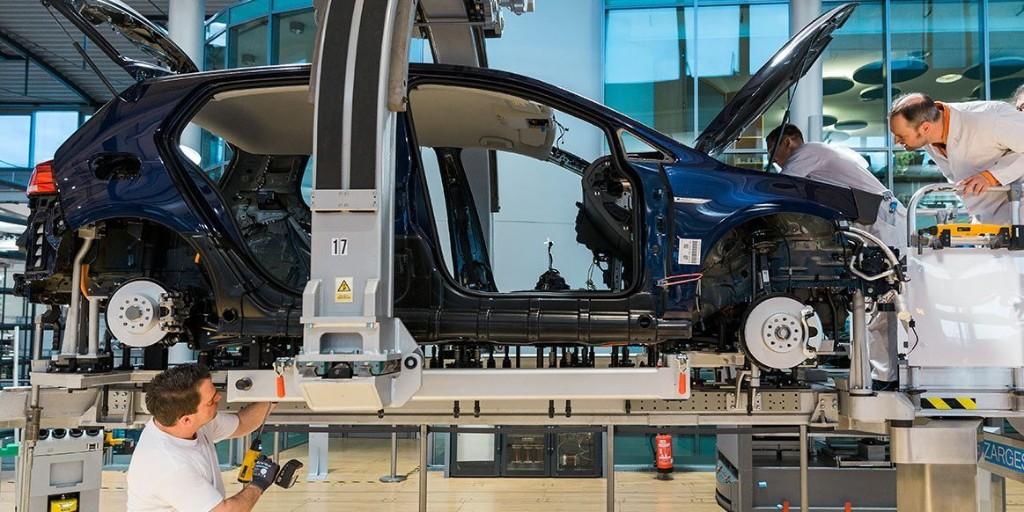 Volkswagen extends E-Golf production until September, according to VW internal document - Electrek
