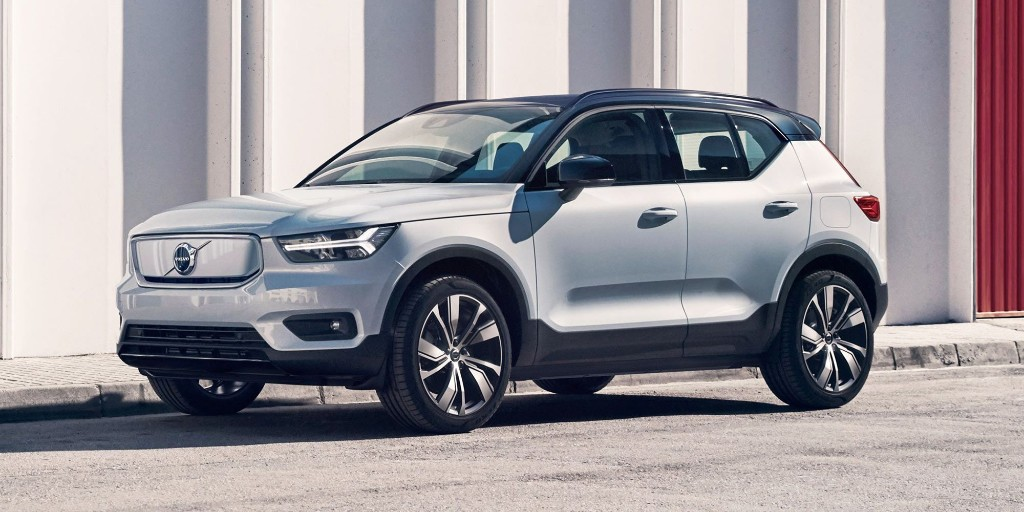 Volvo XC40 Electric starts $20,000 more expensive than gasoline-powered version - Electrek
