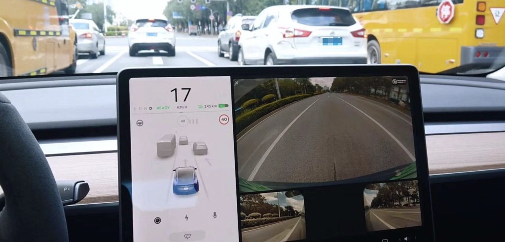 Tesla is going to use Autopilot side cameras to show blind spots when signaling - Electrek