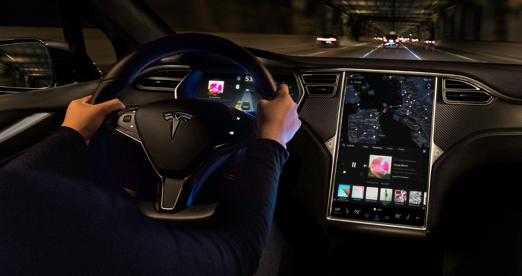 Tesla releases new software update with navigation, text messaging improvements, and more - Electrek