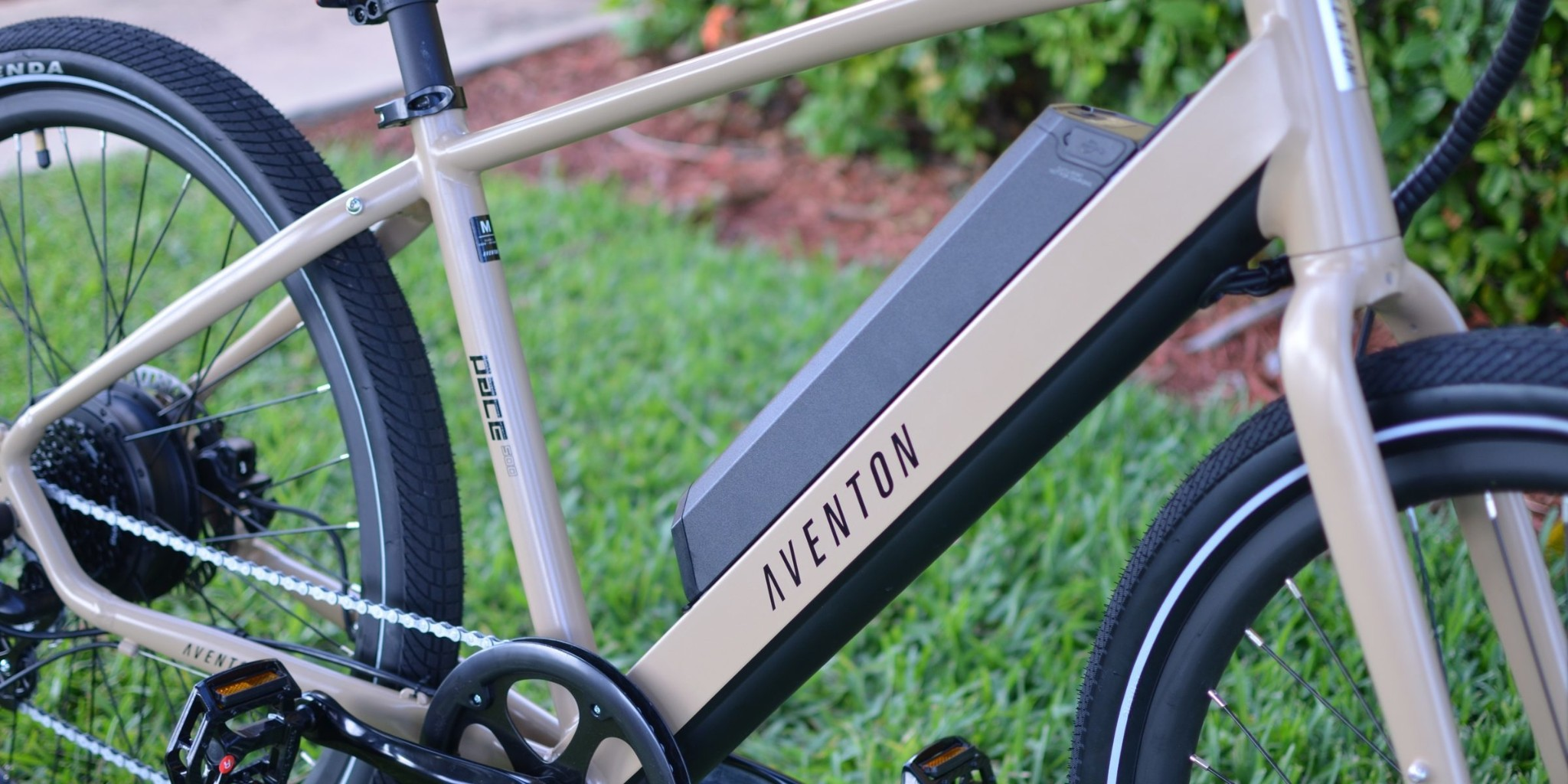 Aventon Pace 500 review: A 28 MPH e-bike for $1,399 that is a commuting dream - Electrek