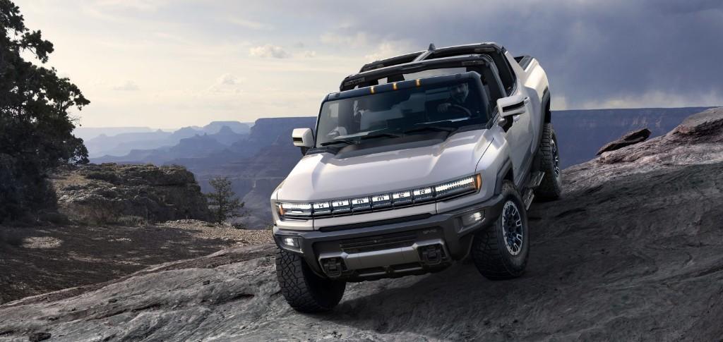 GM unveils Hummer EV: 350-mile electric supertruck with $80,000 super price tag - Electrek