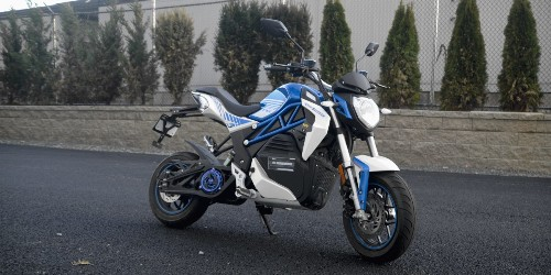 Review: The $2,495 CSC City Slicker electric motorcycle is one hell of a ride