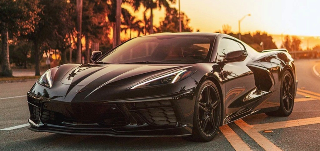 Electric Corvette? GM files for 'E-Ray' trademark - Electrek