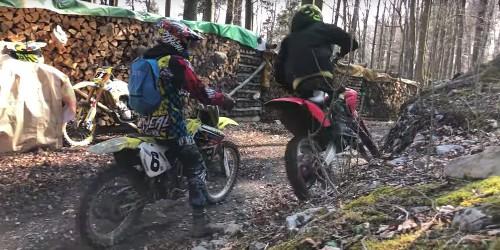 Who will win? Watch a gas dirt bike vs electric dirt bike challenge - Electrek