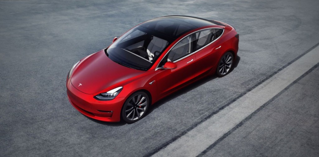 Tesla Model 3 retains almost 90% of its value over 3 years, study shows - Electrek