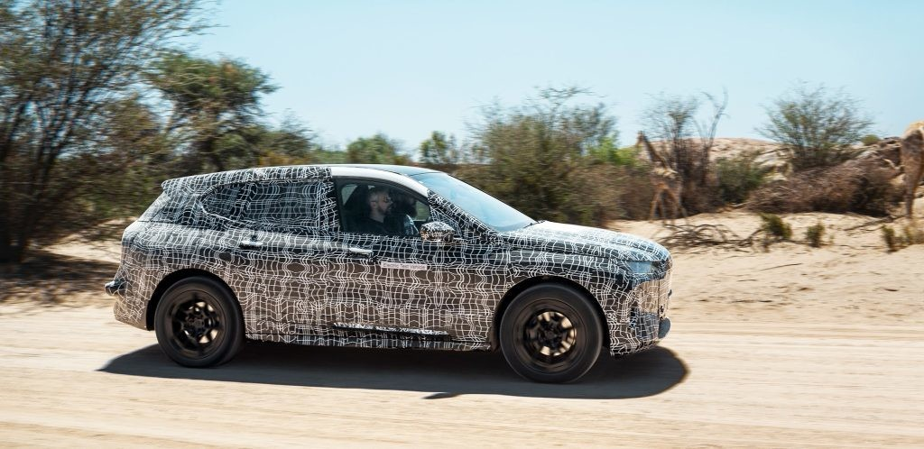 BMW puts iNEXT electric car prototype through extreme heat test, battery pack 'stands' it - Electrek