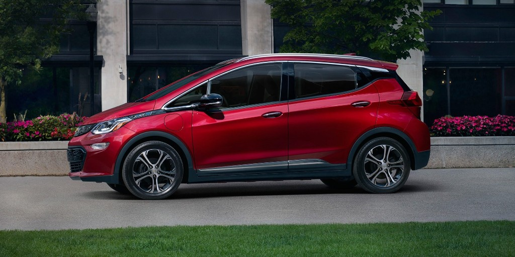 GM discounts Chevy Bolt EV electric car up to $10,000 for limited time - Electrek