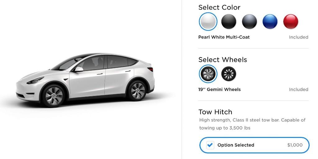 Tesla Model Y gets $1,000 tow hitch option, $450 roof rack accessory - Electrek