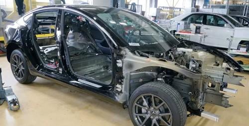 Tesla has '6 years lead over Toyota and VW' in electronics, says new Model 3 teardown - Electrek