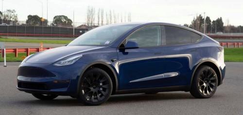 Tesla starts confirming Model Y deliveries to customers - Electrek