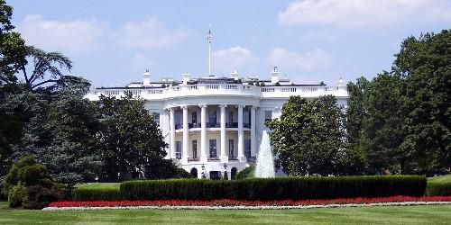 EGEB: Trump has a Big Oil crisis meeting at the White House - Electrek