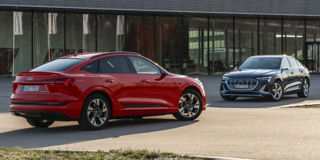 Audi e-tron 2021 electric SUV gets $9,000 price cut and 18 more miles of range - Electrek