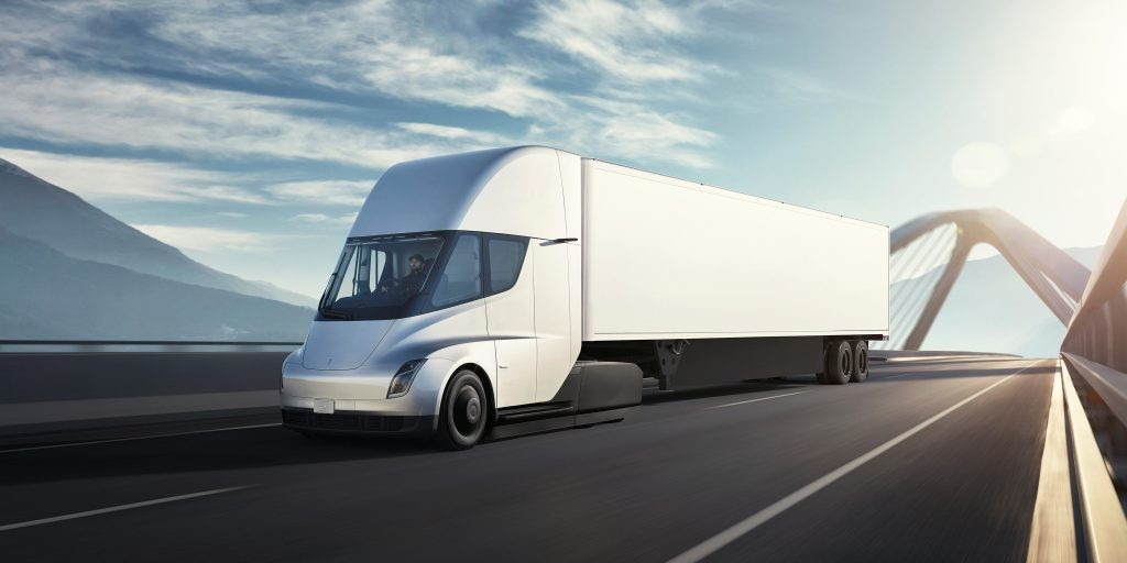 Tesla Semi: Elon Musk says time to bring electric trucks to volume production - Electrek