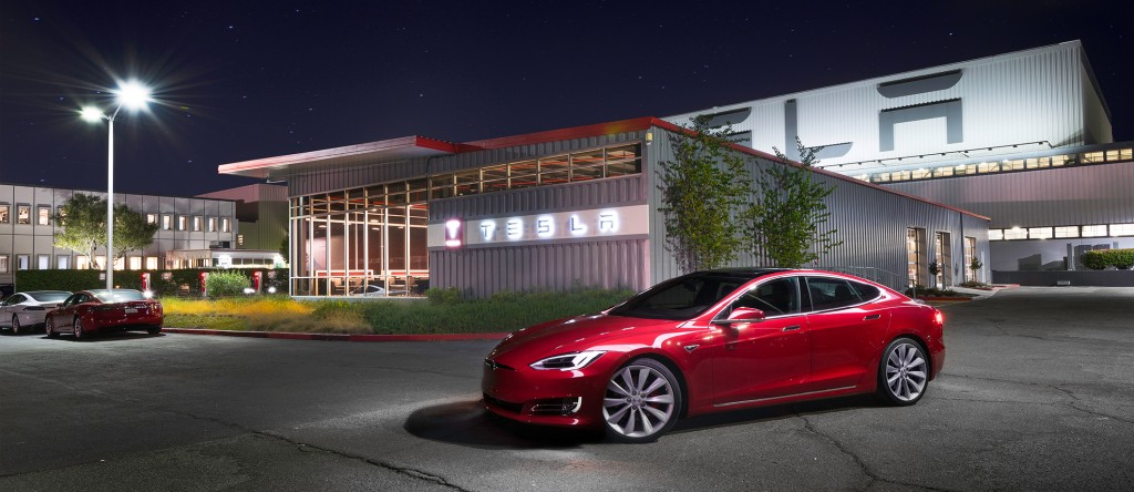 Tesla increases its lead on the US luxury sedan market, beating Mercedes, BMW and Audi - Electrek