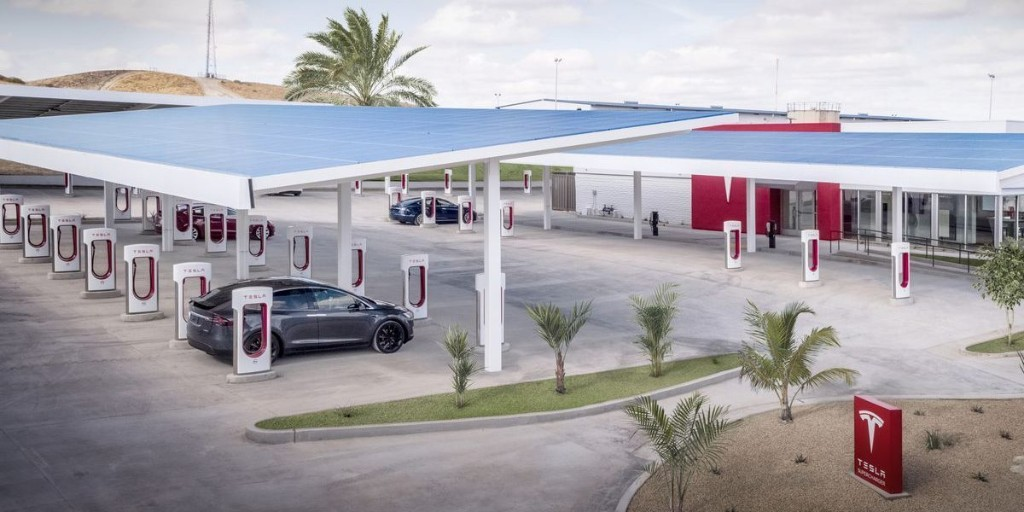 Tesla announces massive Supercharger expansion in China to support growth - Electrek