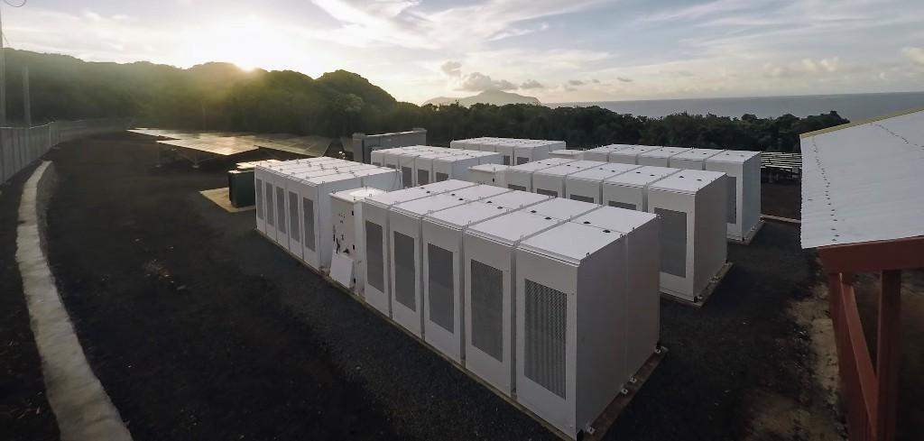 Tesla has over 120 operational microgrids around the world - Electrek