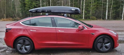 Tesla Model 3 with roof-rack box gets much better range if you flip box around - Electrek