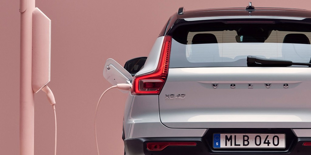 Volvo joins automakers siding with California on emissions, opposing Trump administration - Electrek