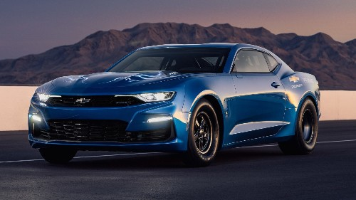 Chevy shows off a 800V Electric 'eCOPO' Camaro conversion running a 9 sec quarter mile