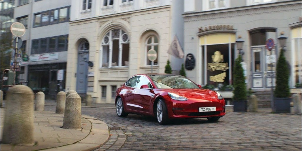 Tesla Model 3 becomes best-selling car in the UK for second month in a row - Electrek