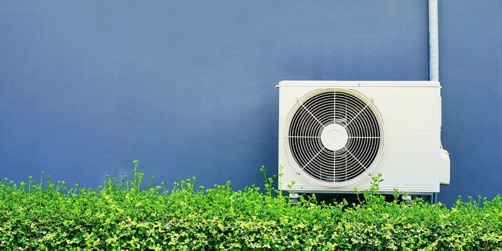 Federal court declares EPA's greenhouse-gas rule rollback illegal - Electrek