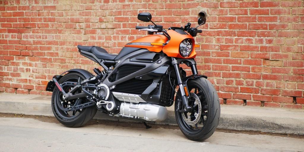 Harley-Davidson LiveWire electric motorcycle ridden over 1,000 miles in 24 hrs - Electrek