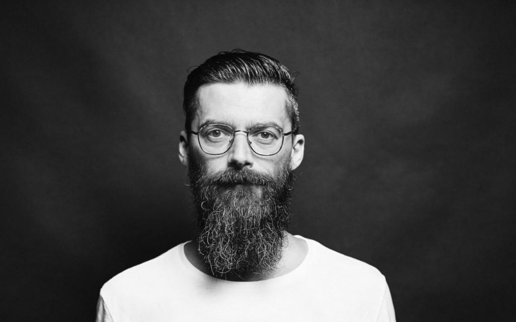 Vladimir Ivkovic Selects His Favorite '90s Trance Tracks That Sound Better Slow | Telekom Electronic Beats