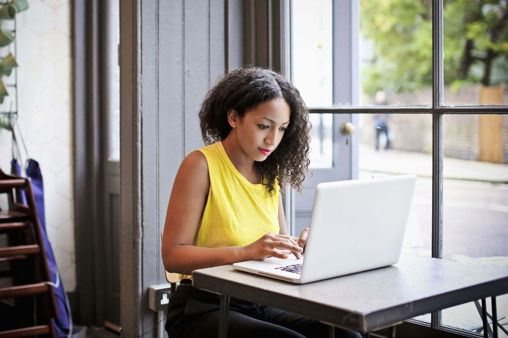 The 4 Essential Components of Any Successful Side Hustle