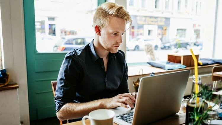 12 Practical Steps to Become a Digital Nomad and Live a Location-Independent Life