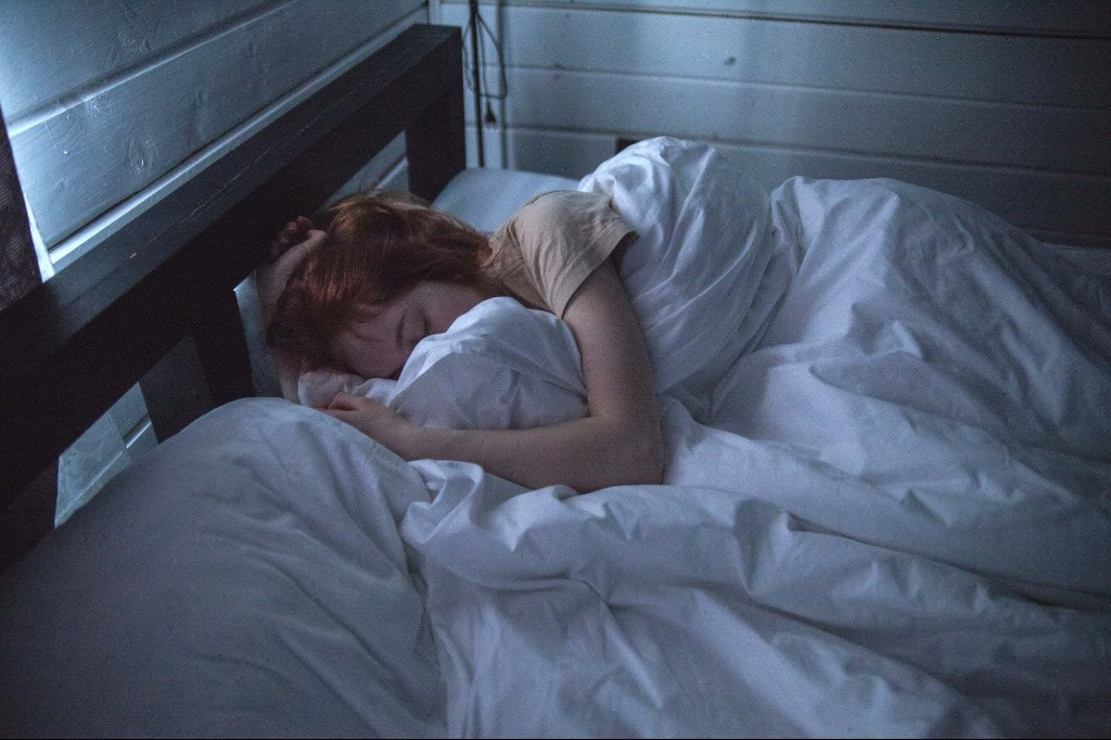 7 Sleep Products to Help You Adjust to Daylight Savings