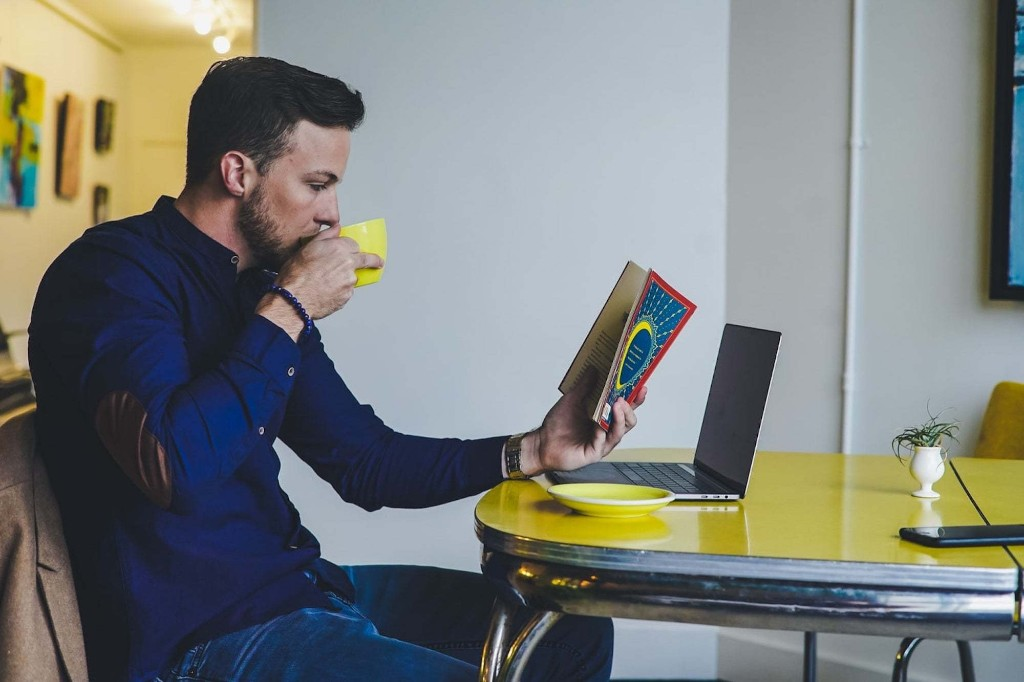 4 Reasons Every Entrepreneur Should be Reading More