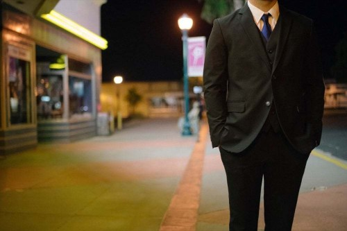 10 Tips for Picking the Perfect Business Suit