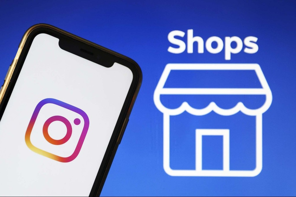 How to Take Advantage of Instagram's New 'Shop' Feature for Black Friday