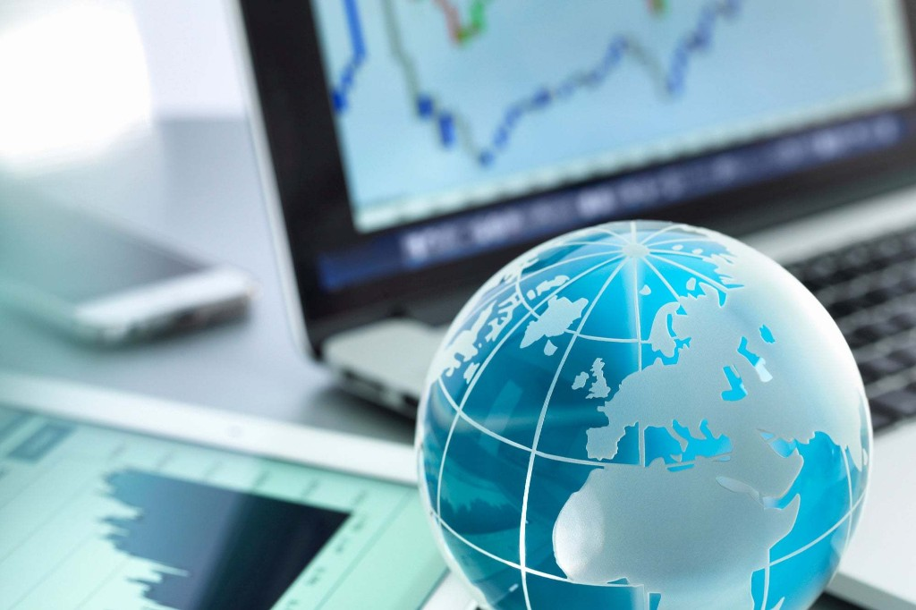 Find Opportunities on the Other Side of the Horizon: 4 Expert Tips to Internationalize Your New Business