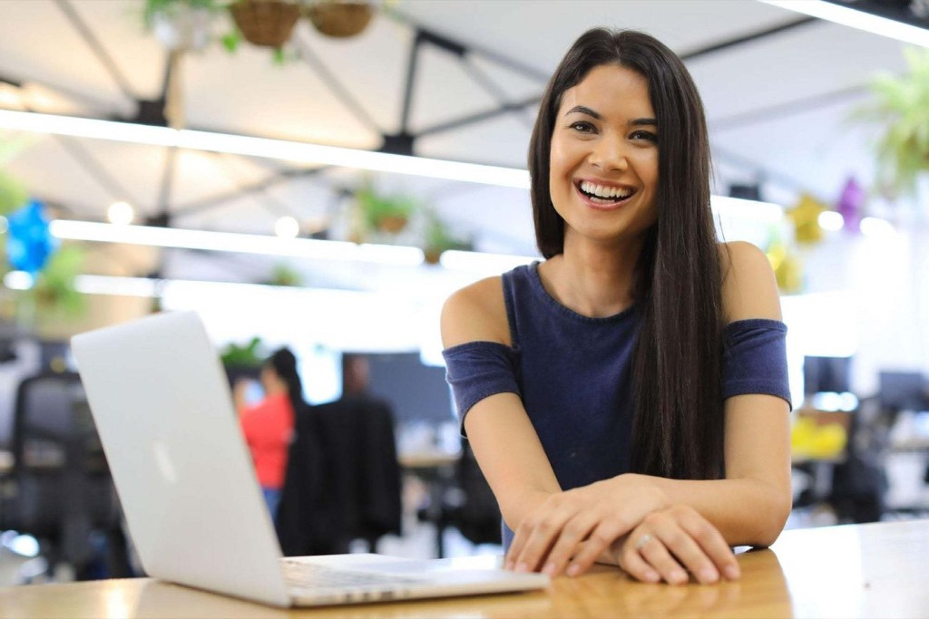 She Was Told 'No' 100 Times. Now This 31-Year-Old Female Founder Runs a $1 Billion Business.
